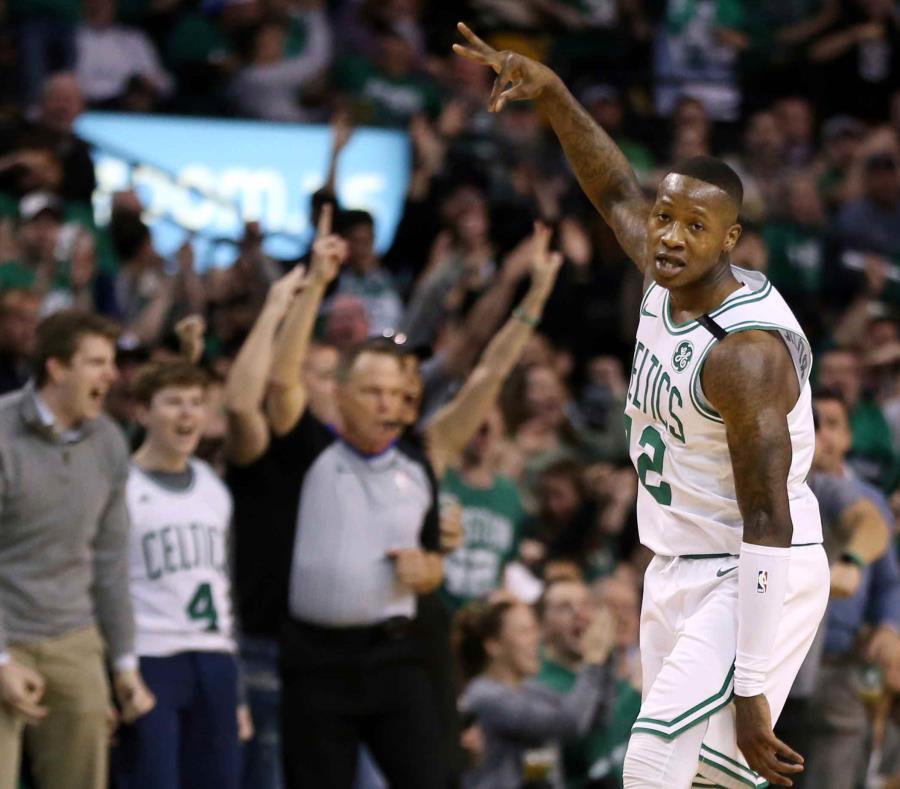 Boston derrota a Philadelphia en el inicio de las semifinales del Este