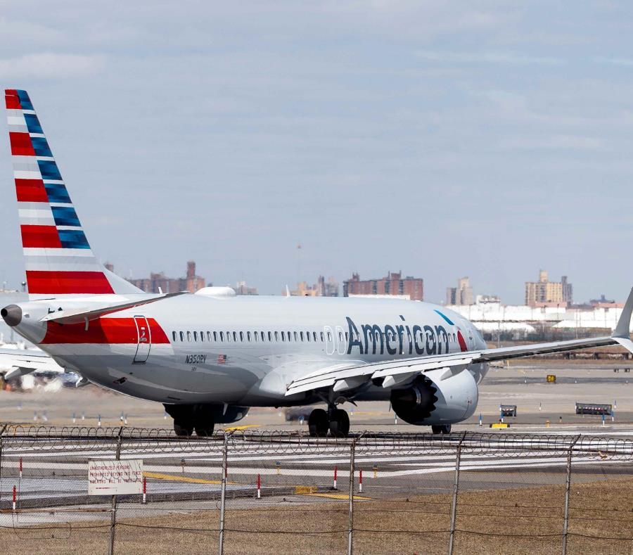 Un avión Boeing 737 Max 8 de American Airlines en Nueva York (semisquare-x3)