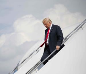 """Trump dice que su abogado no es """"un soplón"""""""