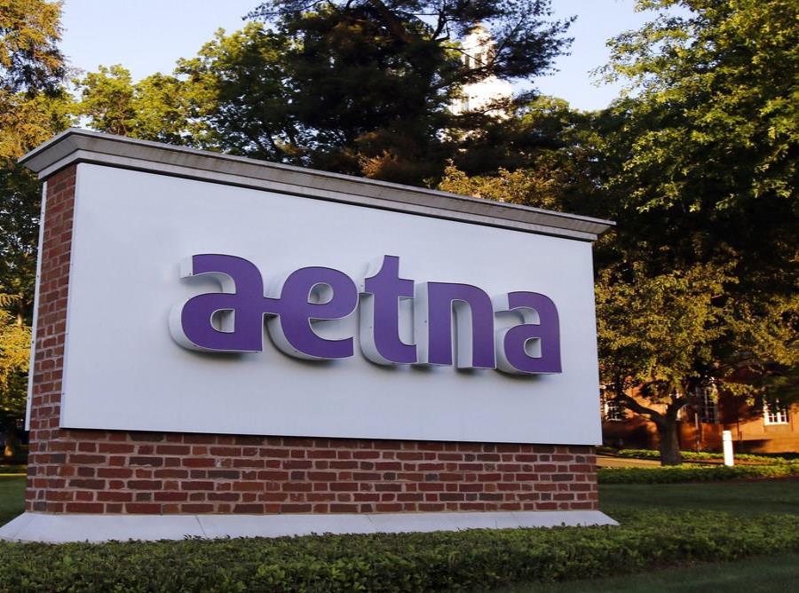 La imagen de archivo del 1 de junio de 2017 muestra un letrero en la sede de Aetna en Hartford, Connecticut. (AP Foto/Bill Sikes, archivo) (semisquare-x3)