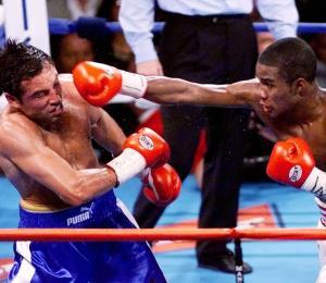 Tito Trinidad terminó el milenio en el tope del boxeo