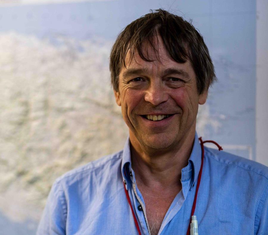 Luego de haber analizado material de jade de Cuba, Bahamas, República Dominicana, Granada e Islas Vírgenes, el geólogo Gareth R. Davies confesó estar fascinado con las muestras en jadeíta del Centro de Investigaciones Arqueológicas (CIA), cuya sede es el (semisquare-x3)