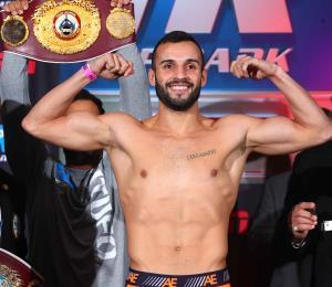 Sin problemas de peso Pitufo Díaz para su pelea en el Garden