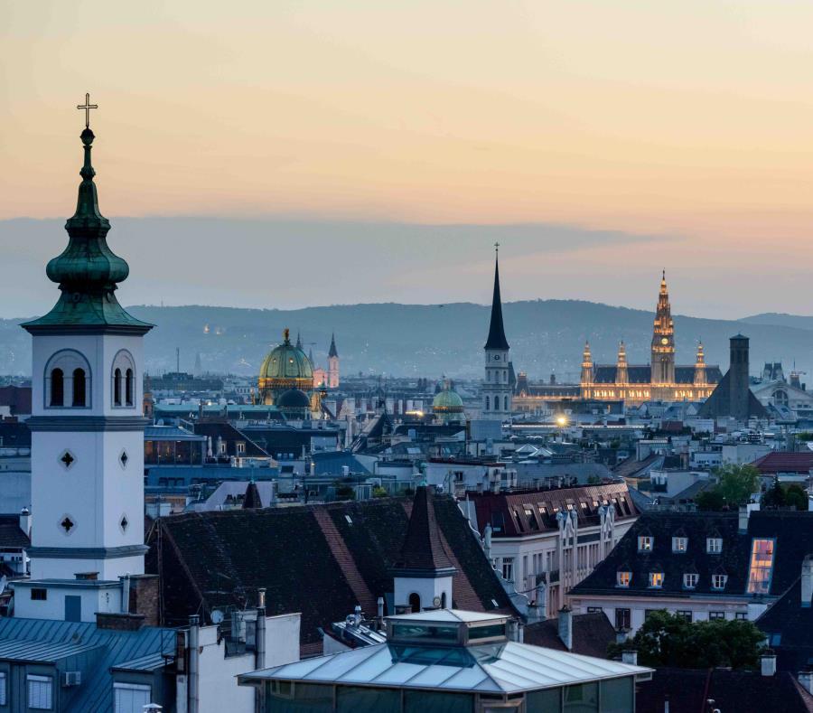 Viena, en Austria, tiene muchos rincones románticos en sus antiguas calles. (semisquare-x3)