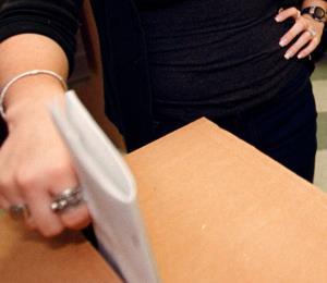 Adelantar elecciones es despojar a los jóvenes del derecho al voto