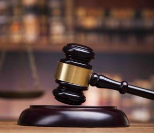 Acusan a un hombre por fraude y falsificación de documentos en Arecibo