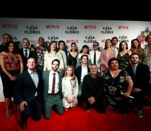 """Actores españoles se unen a la segunda temporada de """"La Casa de las Flores"""""""