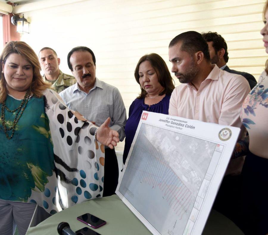 Jenniffer González, junto al alcalde Rodríguez y otros funcionarios, ofreció detalles de proyectos para que benefician a Mayagüez y zonas aledañas (semisquare-x3)