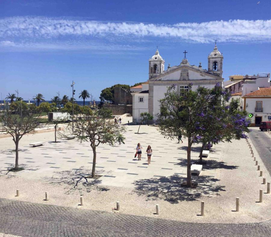 Plaza Infante D. Henrique de Lagos, Portugal. (semisquare-x3)
