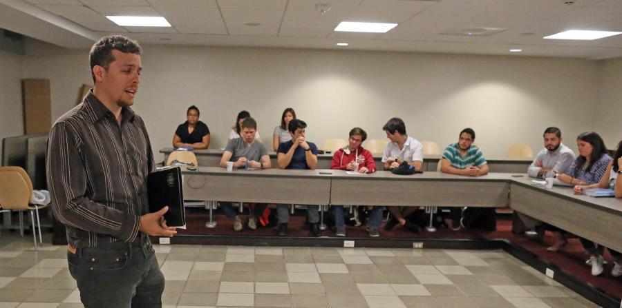 Alejandro Silva, director ejecutivo de Mentes Puertorriqueñas en Acción (horizontal-x3)