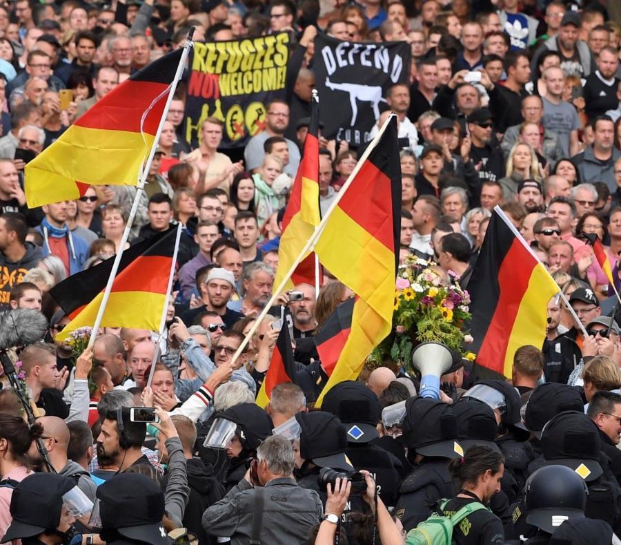 Muerte, neonazis y cacería de extranjeros en una ciudad alemana (semisquare-x3)