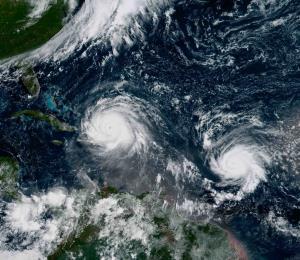 De eclipses, huracanes y sismos