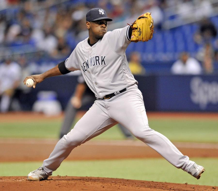 El abridor Luis Severino de los Yankees de Nueva York lanza ante los Rays de Tampa Bay, el martes 25 de septiembre de 2018.  (AP) (semisquare-x3)