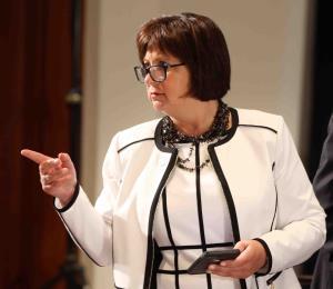 Jaresko asegura que la Junta evalúa asignación de fondos para municipios