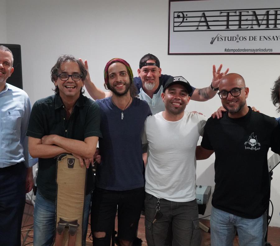 Algunos de los entusiasmados músicos, cuyo repertorio incluirá canciones de unas 18 bandas de rock. (Suministrada) (semisquare-x3)