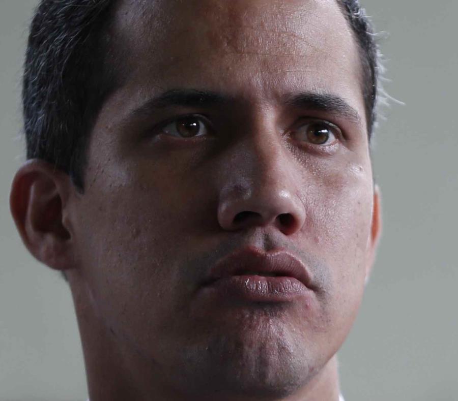 Acabo de desmantelar plan de Guaidó para matarme: Maduro