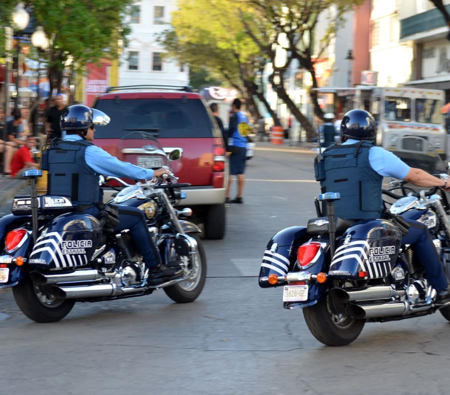 Uno de los arrestados fue detenido por obstrucción a la justicia (semisquare-x3)
