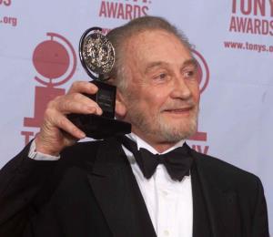 "Fallece Roy Dotrice, actor de ""Game of Thrones"""