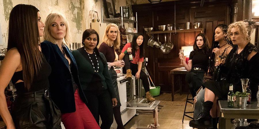 El filme explota al máximo la simpatía y el carisma del primer junte en pantalla de Sandra Bullock, Cate Blanchett, Anne Hathaway, Helena Bonham Carter, Mindy Kalling, Sarah Paulson, Rihanna y Awkafina. (Suministrada) (horizontal-x3)