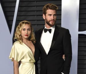 Miley Cyrus y Liam Hemsworth donan $500,000 para los afectados por el incendio en California