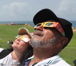 Durante el eclipse volvimos a ser gente