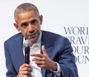 """Obama sobre el asesinato de George Floyd: """"Esto no debería ser normal en 2020"""""""