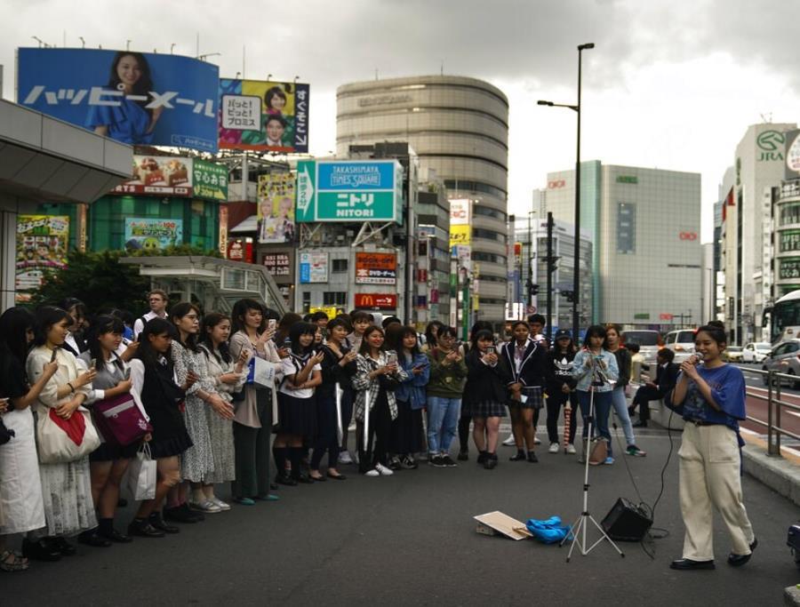 Los residentes de las principales ciudades de Japón se quejan del exceso de turistas (semisquare-x3)