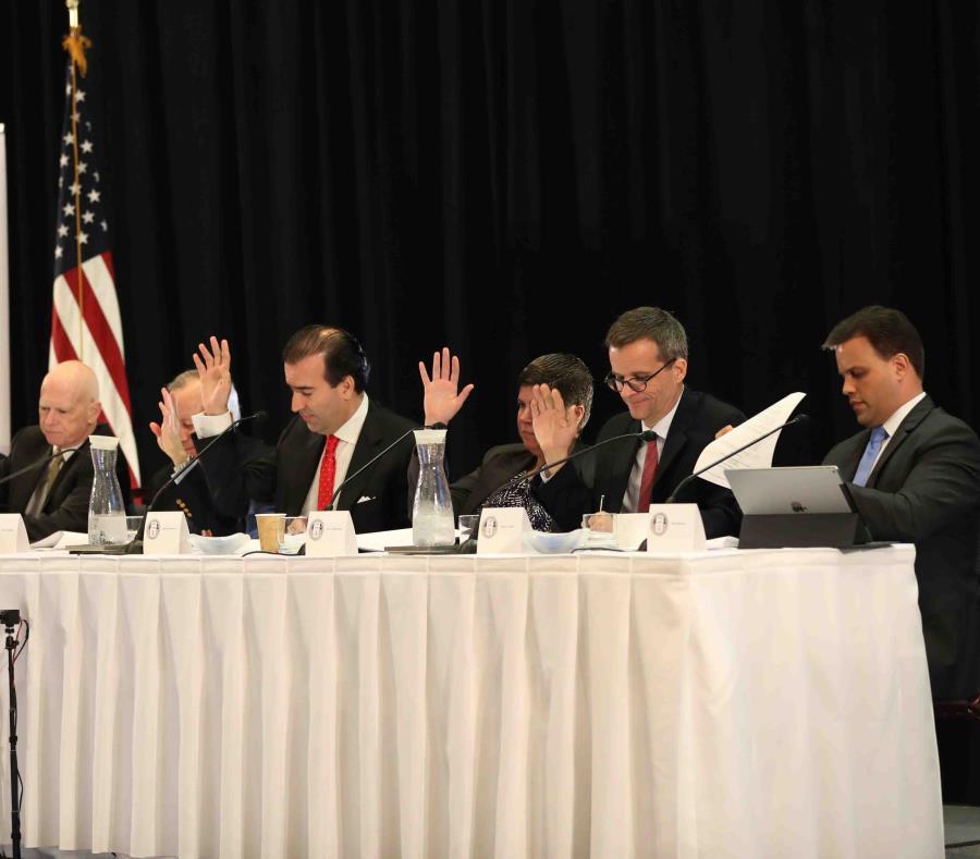 En la foto algunos de los miembros de la Junta de Supervisión Fiscal (semisquare-x3)