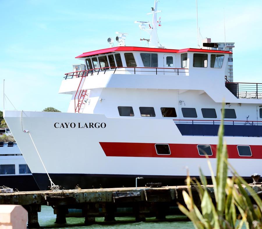 La embarcación Cayo Largo es una de las dos lanchas que puede transportar carga a Vieques y Culebra (semisquare-x3)