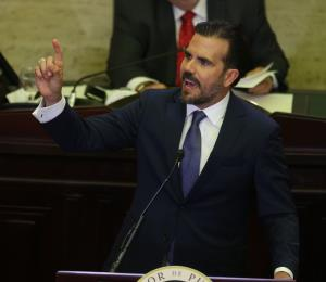 """Políticos de la oposición tildan de """"mensaje político"""" el discurso del gobernador"""