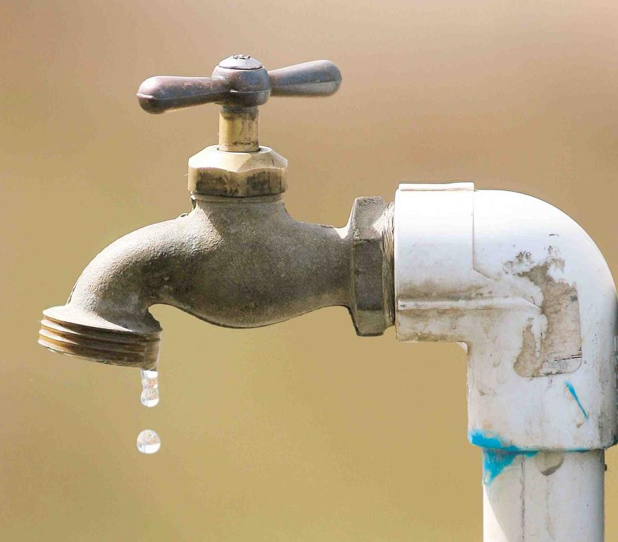 AAA recomienda a la comunidad hervir el agua por tres minutos, una vez se restablezca el servicio de agua, ante la posibilidad de turbidez. (semisquare-x3)