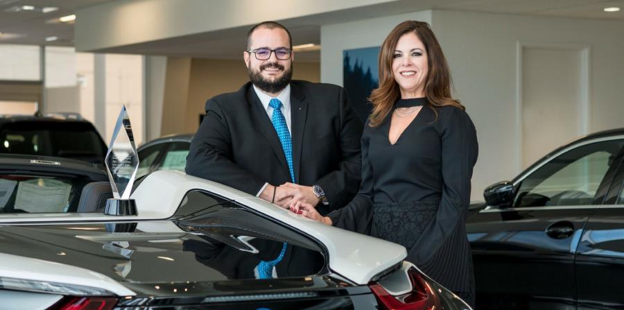 Marimer Martínez, gerente general, y Enrique De la Cruz, gerente general de Ventas, son los encargados de mantener un alto nivel de calidad de servicio en Autogermana BMW. (horizontal-x3)