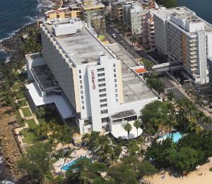 El coronavirus trastoca la venta del Condado Plaza