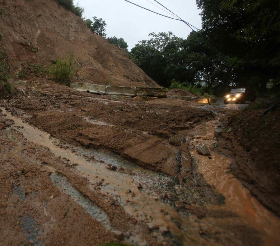 La Oficina de Manejo de Emergencias de Jayuya trabajó en el área afectada (semisquare-x3)