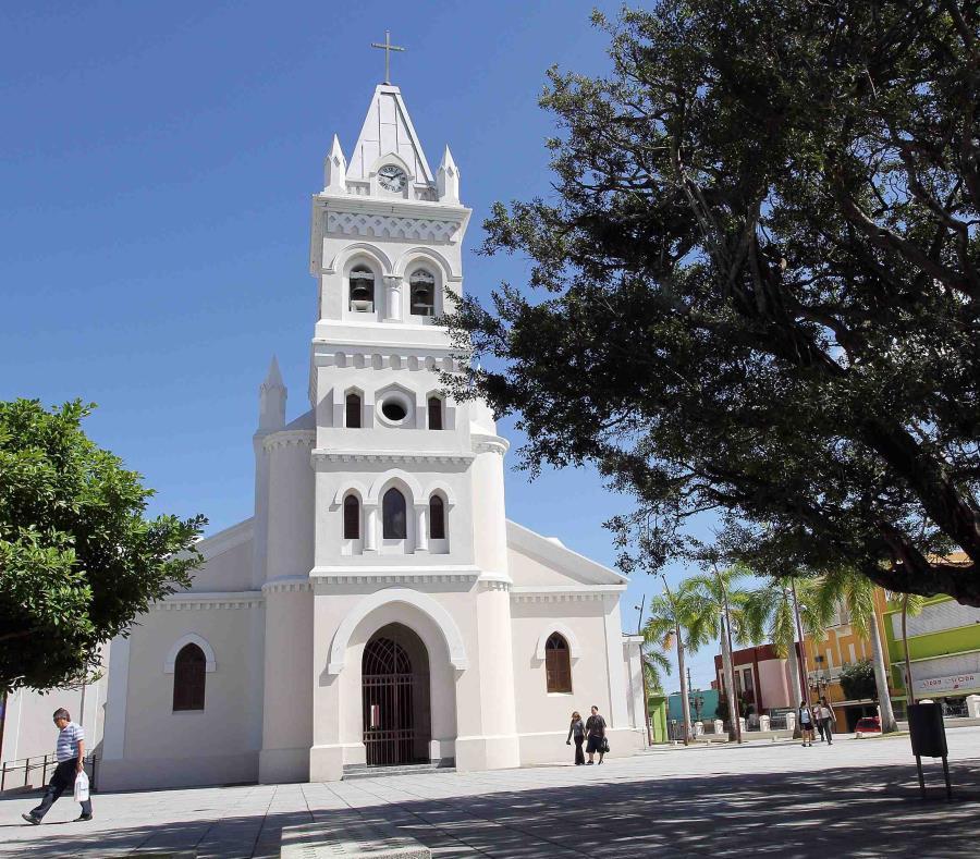 Las luminarias eran propiedad del Municipio de Humacao (semisquare-x3)