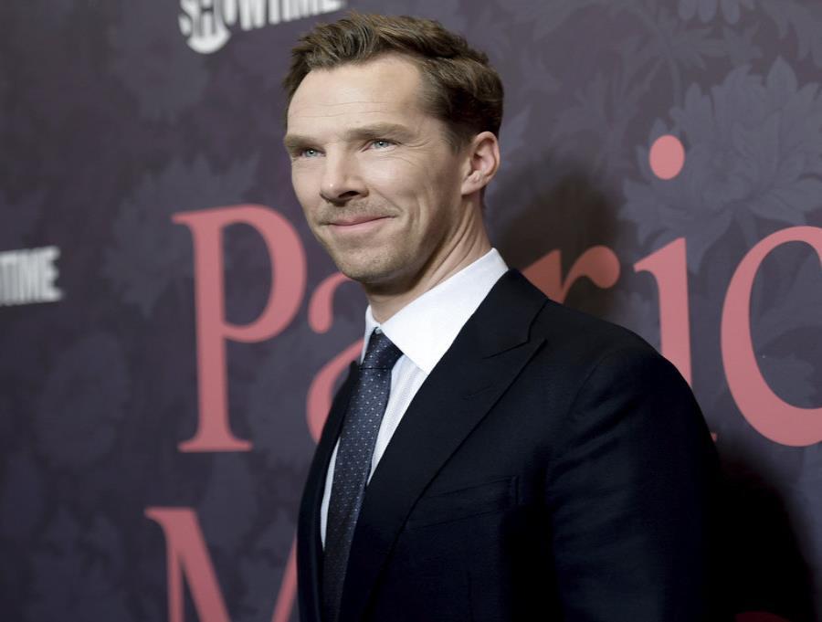Benedict Cumberbatch (semisquare-x3)