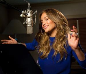 "Jennifer López protagonizará junto a Owen Wilson la comedia ""Marry Me"""
