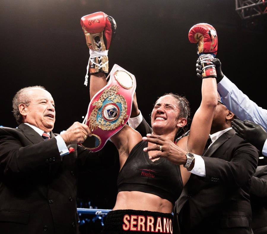 La boricua Amanda Serrano se coronó campeona de las 115 libras de la OMB, luego de hacer su última pelea en las 140 libras en septiembre de 2018. (semisquare-x3)