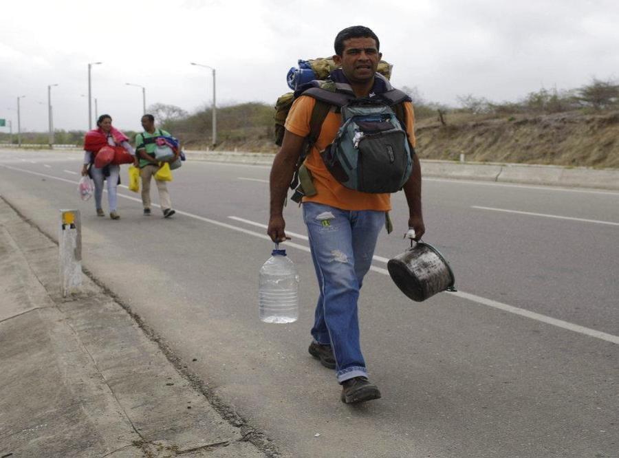 El chavismo niega la crisis migratoria y dice que los venezolanos quieren volver (semisquare-x3)
