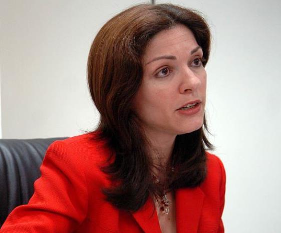 Cynthia M. Pérez