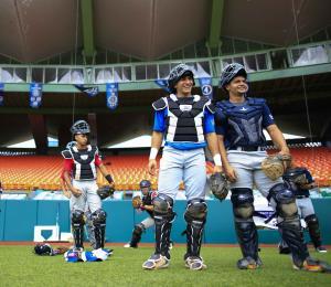 La crisis del coronavirus atenta contra los prospectos del béisbol puertorriqueño