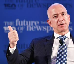 Jeff Bezos, fundador de Amazon, se convierte en la persona más rica
