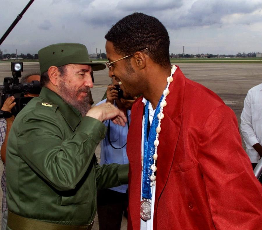 """""""Sin sentido"""" para Cuba la eliminación de los récords de atletismo (semisquare-x3)"""