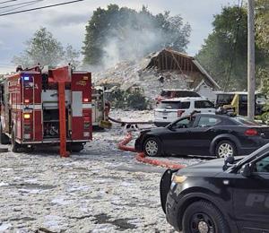Muere un bombero y seis personas resultan heridas tras una explosión en Maine