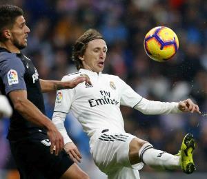 El Real Madrid sube al tercer puesto de la Liga Española