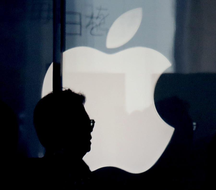 Apple es parte de una economía de aplicaciones que pasará de $82,000 millones el año pasado a $157,000 millones en 2022 (semisquare-x3)