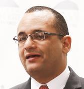 Ramos, la AEE y el gobierno electrocutan al país