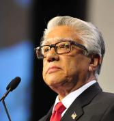 Cómo los recortes fiscales federales ayudarán a los hispanos