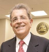 El Derecho fue la mayor pasión de Rafael Hernández Colón