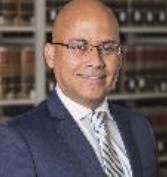 Compromiso judicial con el servicio público